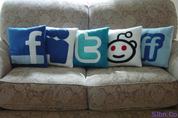 Social icons - Facebook, Myspace, Twitter, Reddit, Friendfeed - Pillows